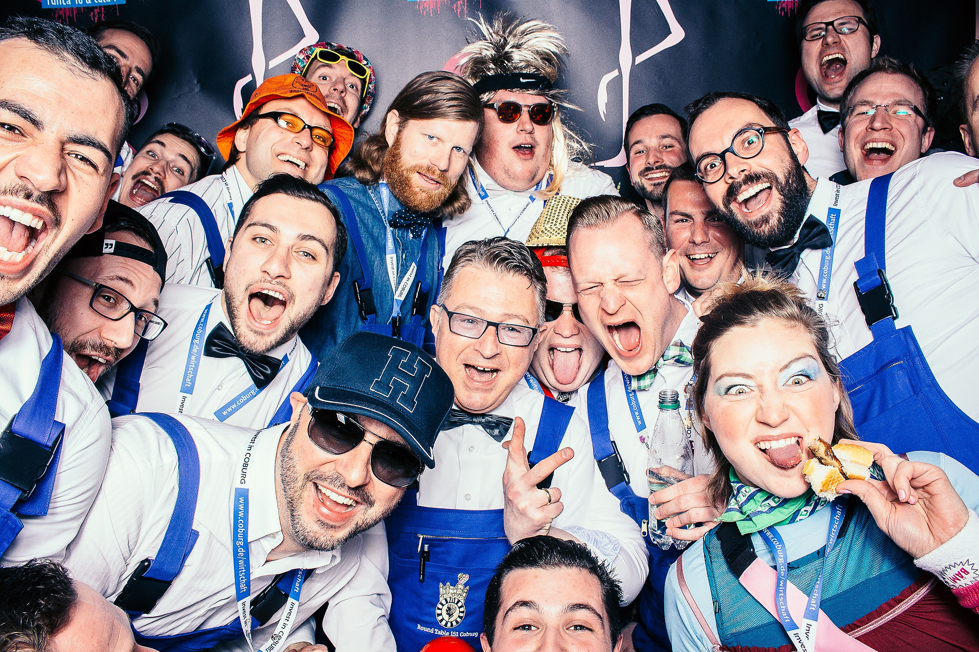 Photobooth - der Partyspaß das Eventkonzept. Außergewöhnliche Partybilder für jedes Event ein Erfolg.